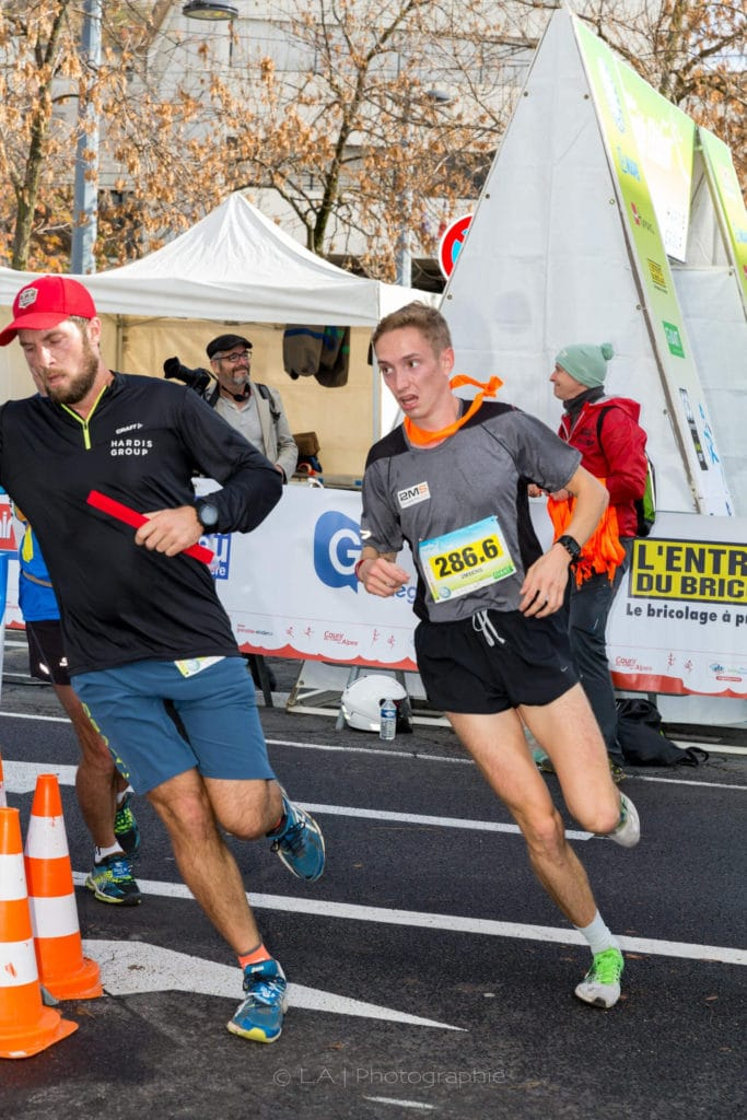Jonas de l'équipe 2MSens doublant l'équipe Hardis Group © Crédits photos Alain Lamour